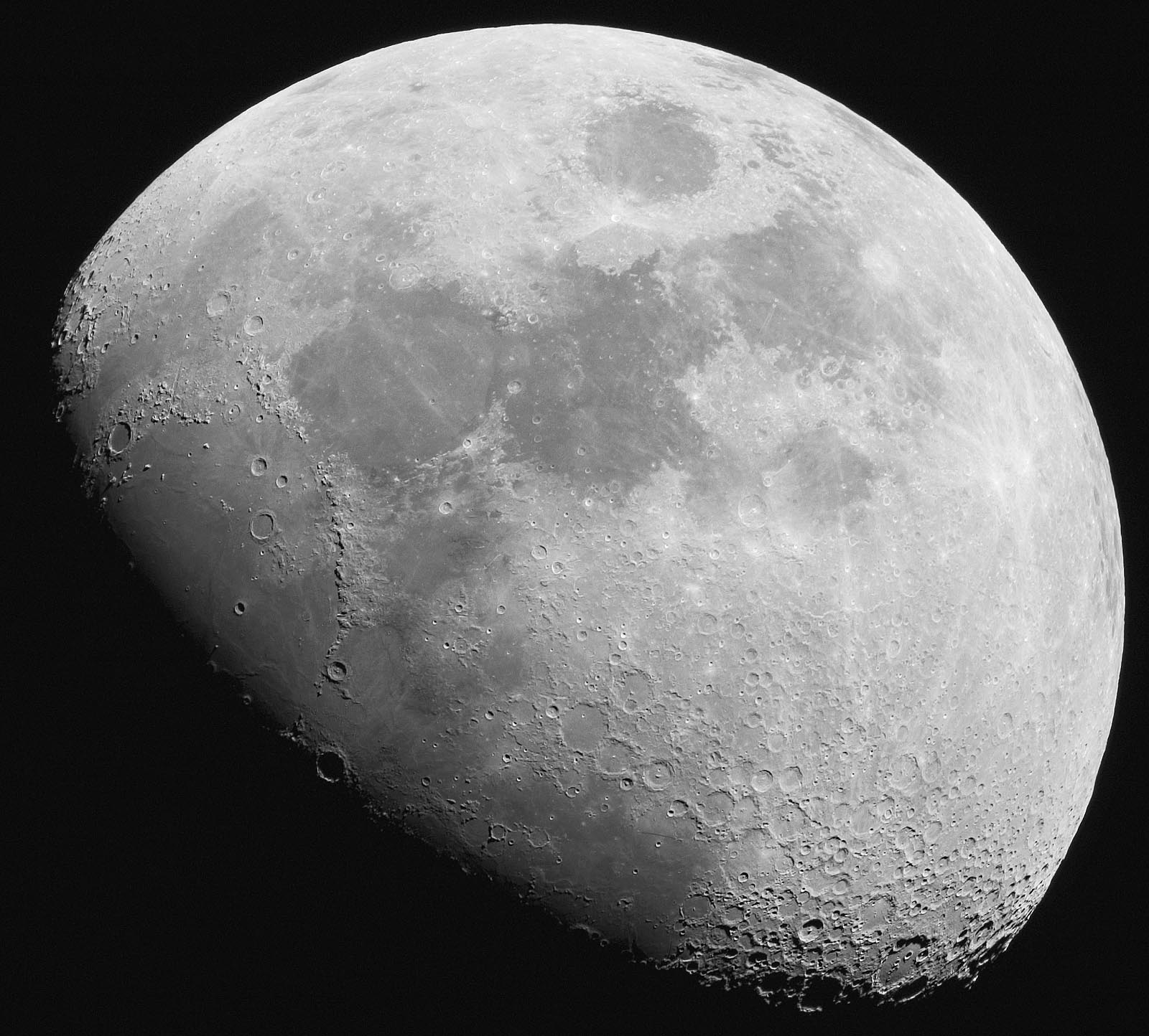 how to take pictures of the moon with dslr